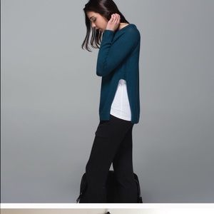 Lululemon sweater size 8